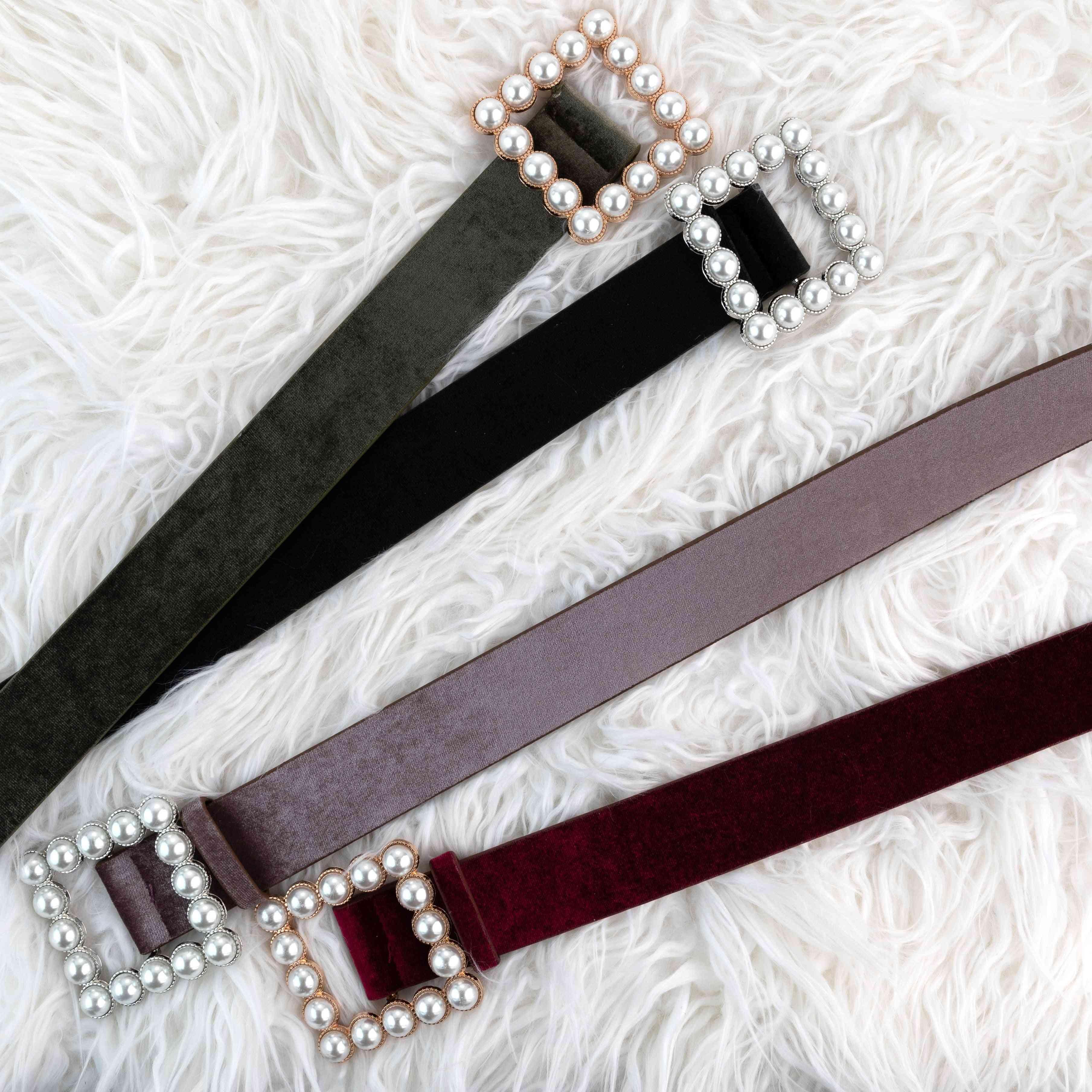 Pearl Square Velour Belt