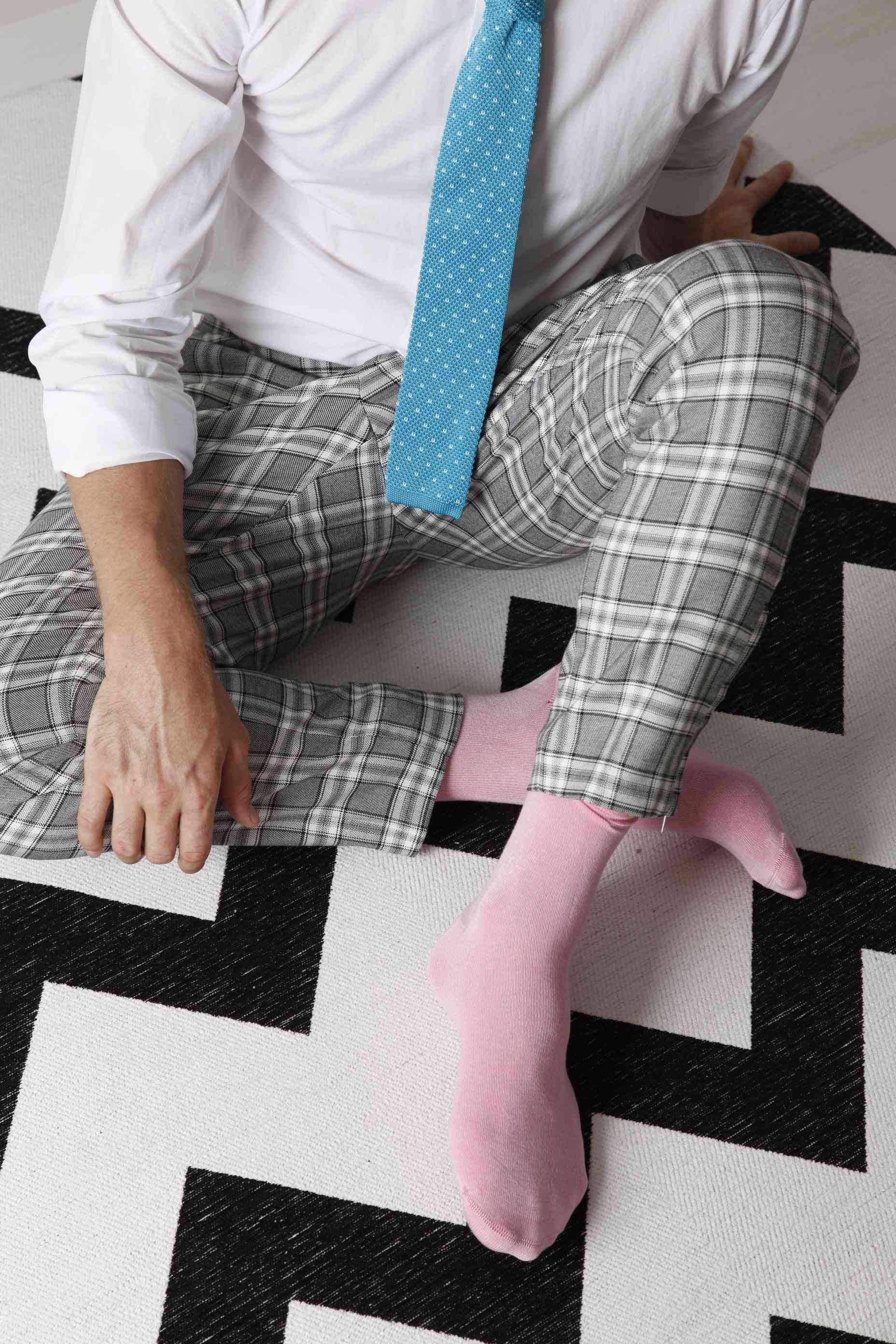 Viscose Socks And Knitted Tie