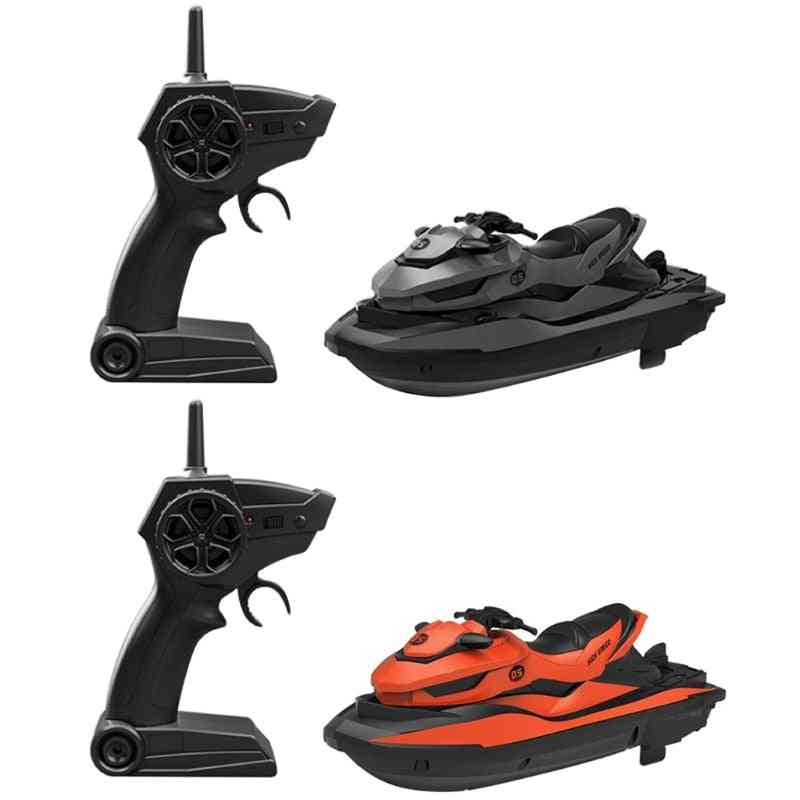 Remote Control Boat, Mini Speedboat Water Swimming Summer Toy