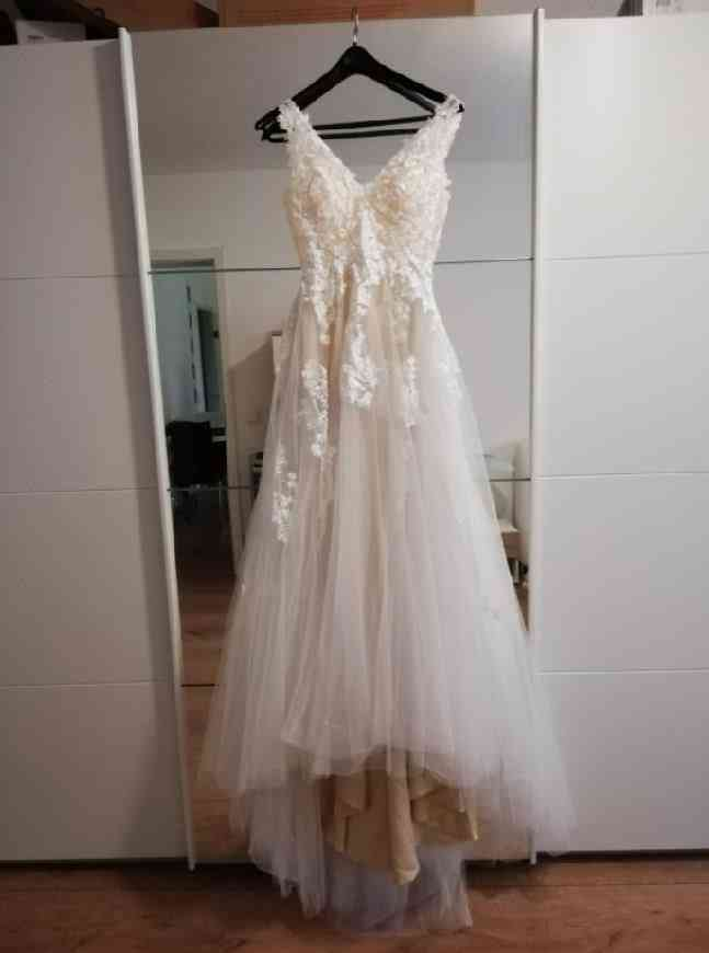 Off Shoulder, Liner Tulle Appliques, Sleeveless, Bridal Gowns