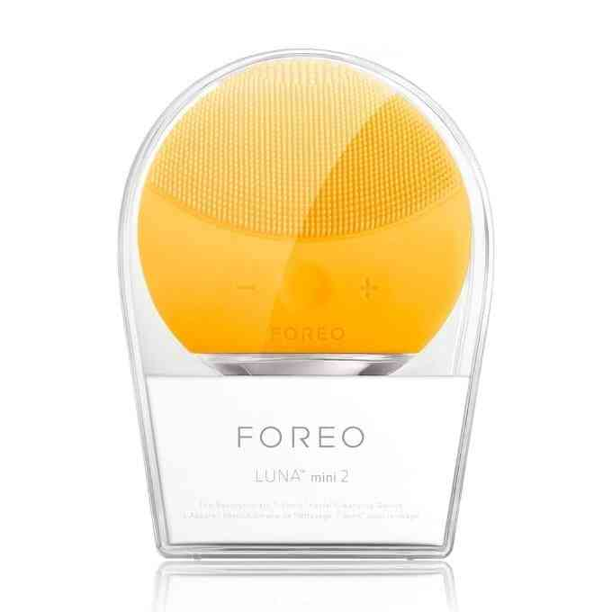 Luna Mini Facial Electric Face Cleansing Brush