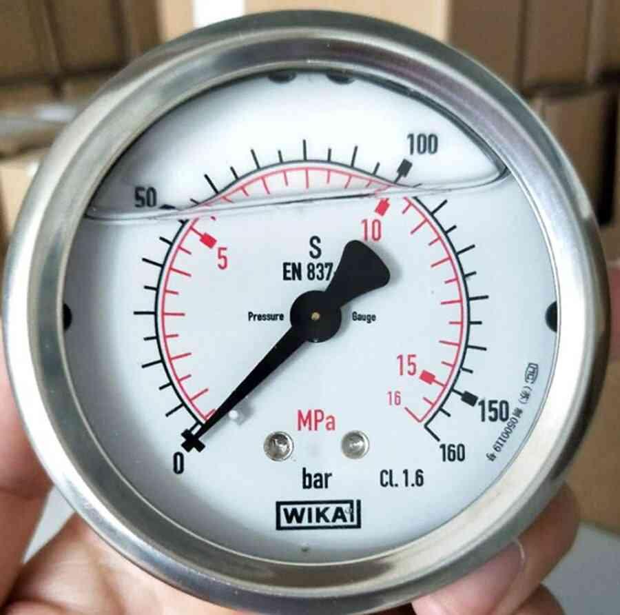 Axial Pressure Gauge