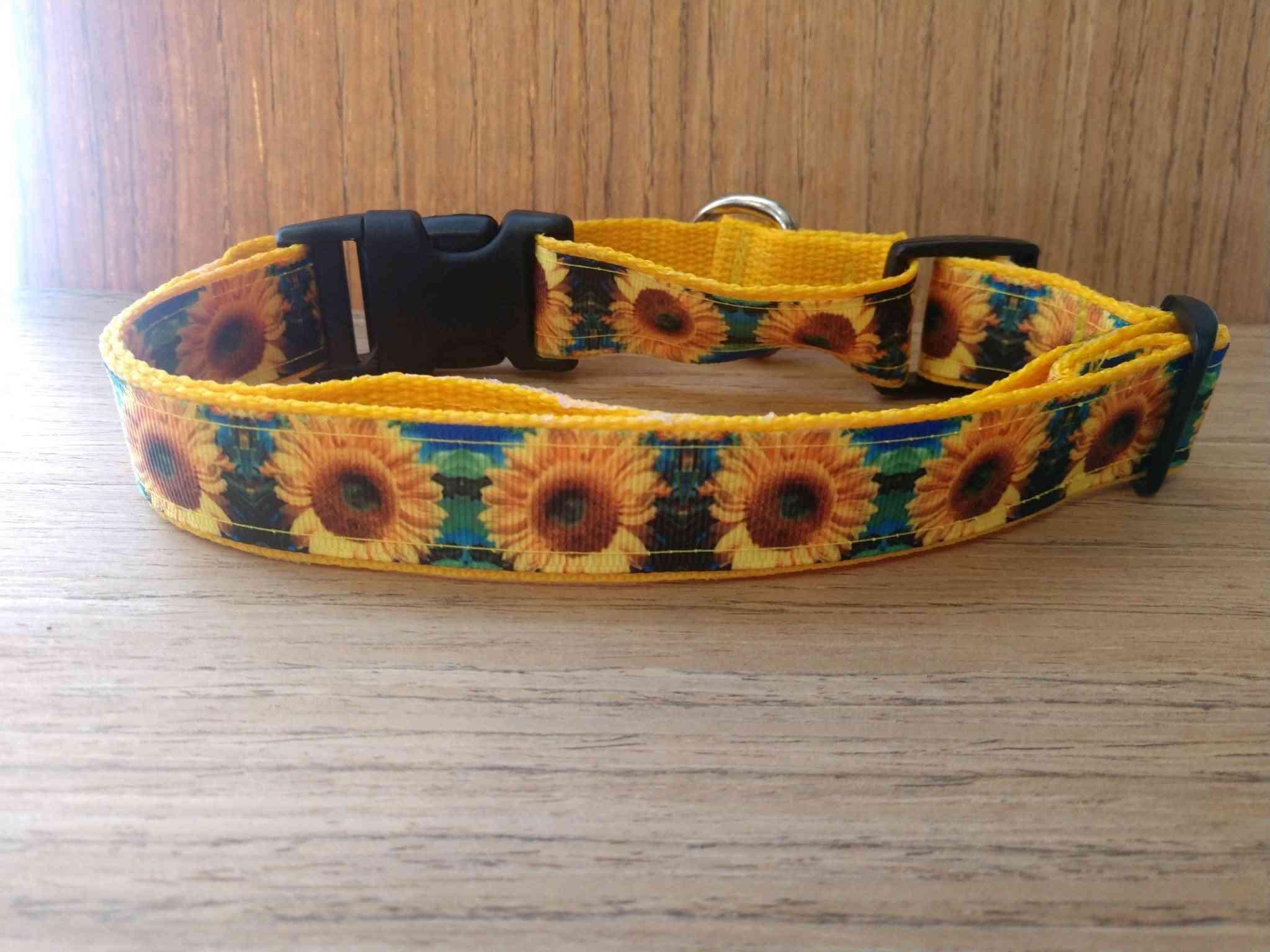Leash/ Large/  Blue & Green Sunflowers