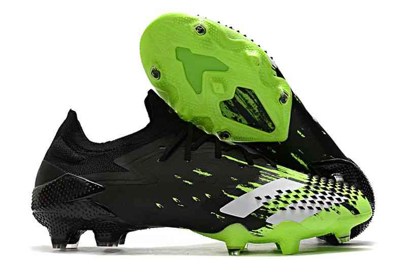 Low Ankle Best Quality Lace-up Soccer Shoes ( Set 1 )