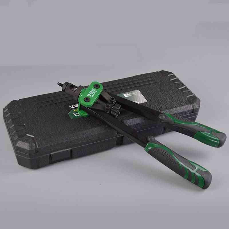 Manual Mandrels With A Luxury Box Rivet Nut Gun