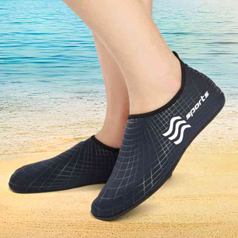 Quick Dry Mans Beach Slippers, Soft Aqua Shoes, Man's Swimming Shoes