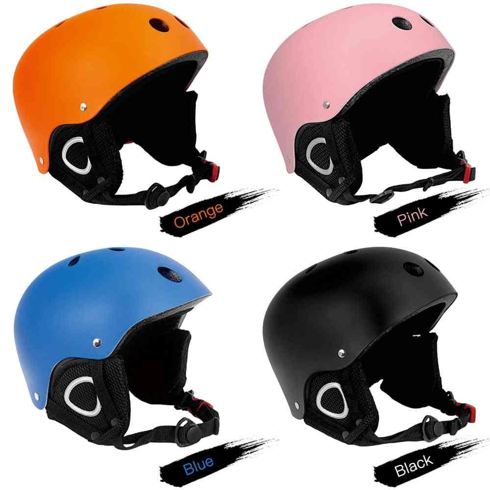 Light Skateboard And Impact Resistance Ventilation Helmets