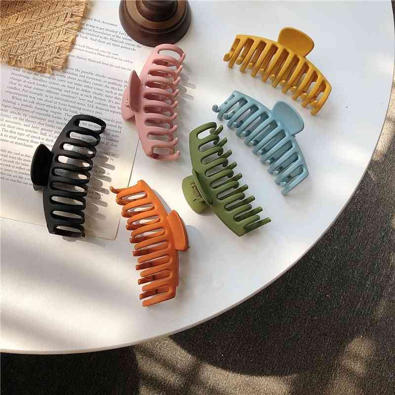 Sweet Scrub Color Acrylic Grasp Clip, Simple Oval Hollow Leopard Hair Crab For Women Accessories
