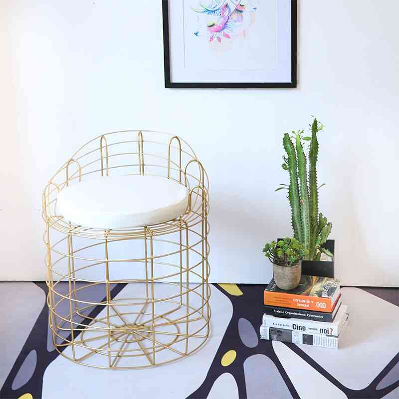 Bar Chairs Nordic Creative Iron Art Cafe Modern Simple Iron Wire Hollowed Bar Casual Changing Shoes Stool