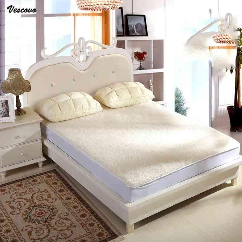 Soft Mattress Pad Bed Topper Wool Velvet Mattress  For Bed