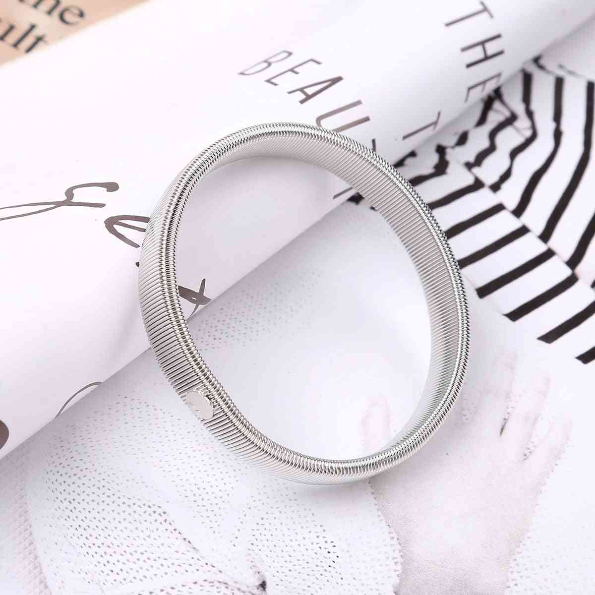 Anti-slip Shirt Sleeve Holders Stretchy Steel Wire Metal Armbands