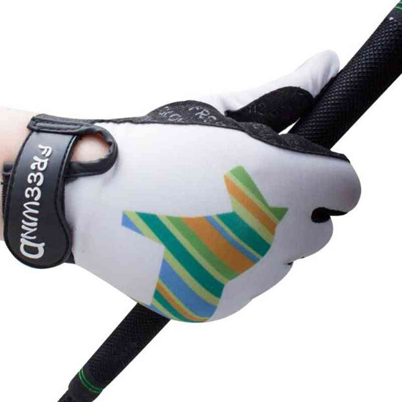 Protective Hands During Horse Riding Gloves