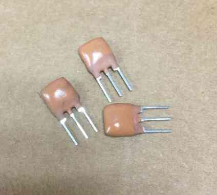 Ceramic Resonators Oscillator