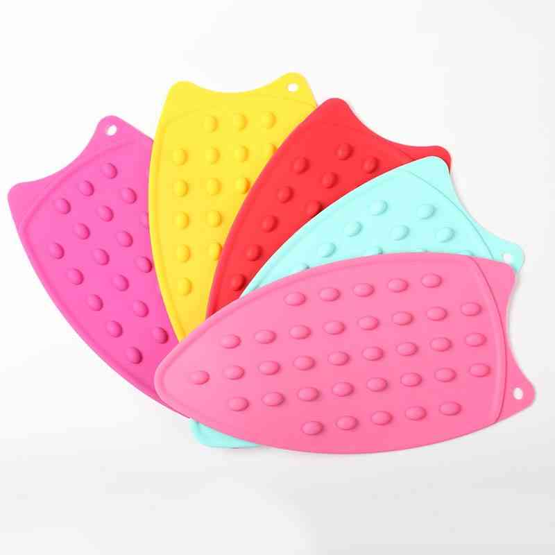 Silicone Heat-resistant Dotted Bubbled Iron Rest Pads