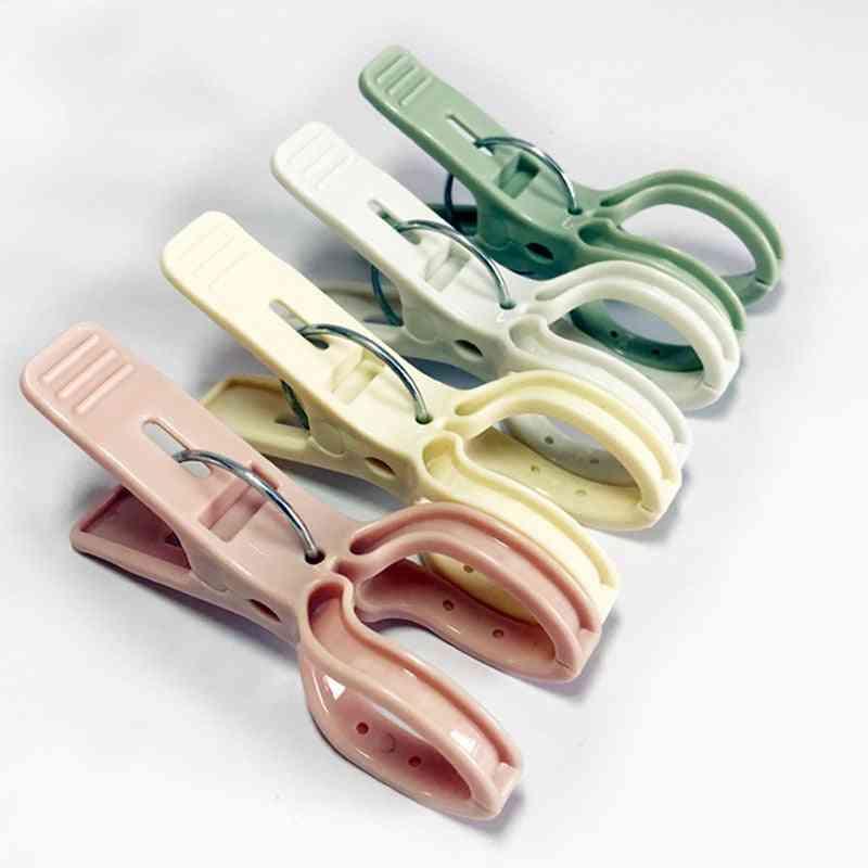 Solid Color Plastic Clothes Pins