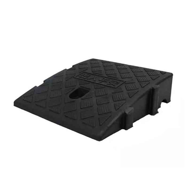 Portable Lightweight Plastic Curb Ramps For Wheelchair.