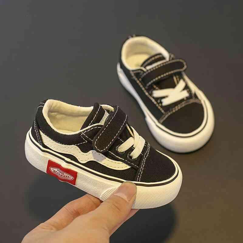 Soft-soled Shoes