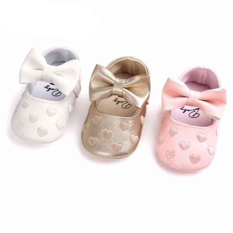 Leather Heart Print Hook Soft Sole Baby Shoes