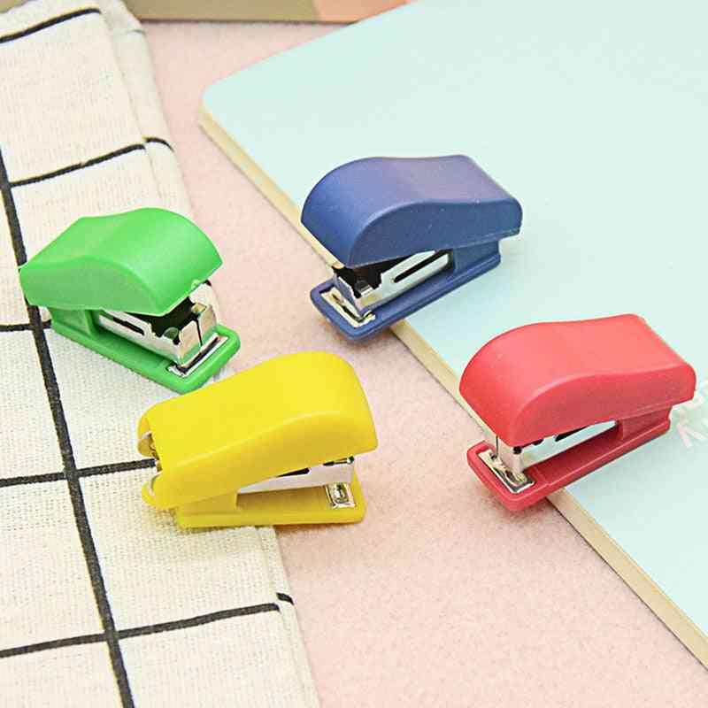 Mini Portable Stapler Set