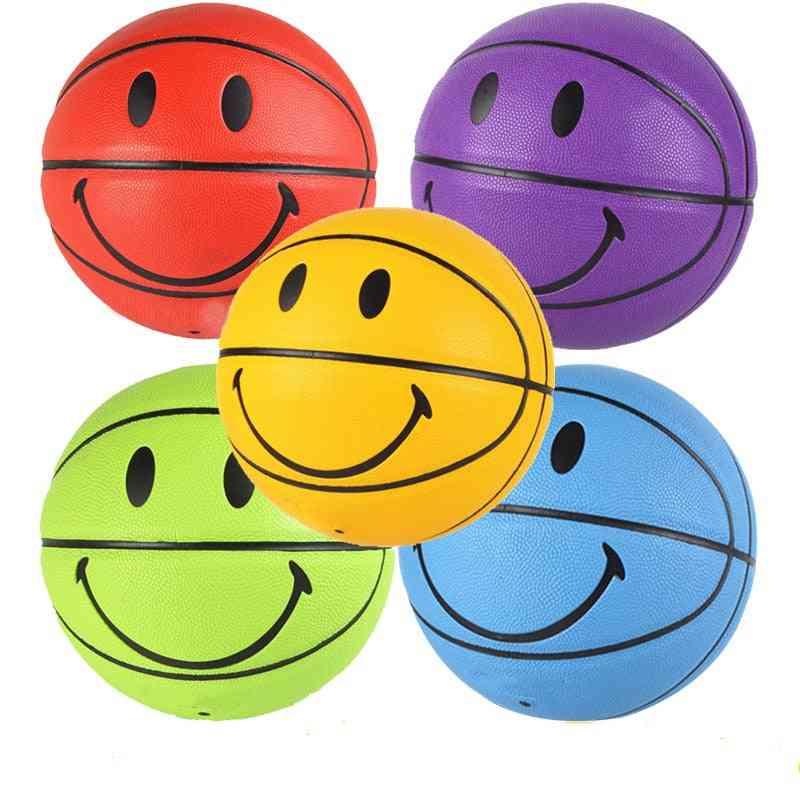 Smiling Face Street Basketball