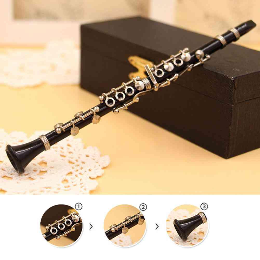 Mini Clarinet Model Musical Instrument
