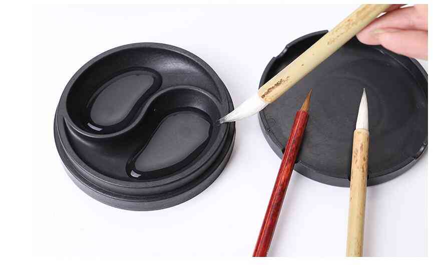 Ribbed Inkstone In Chinese Calligraphy Ink Pool