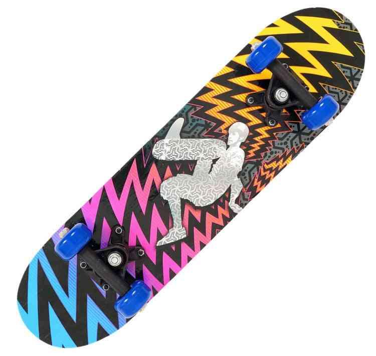 Double Rocker Spider Skateboard