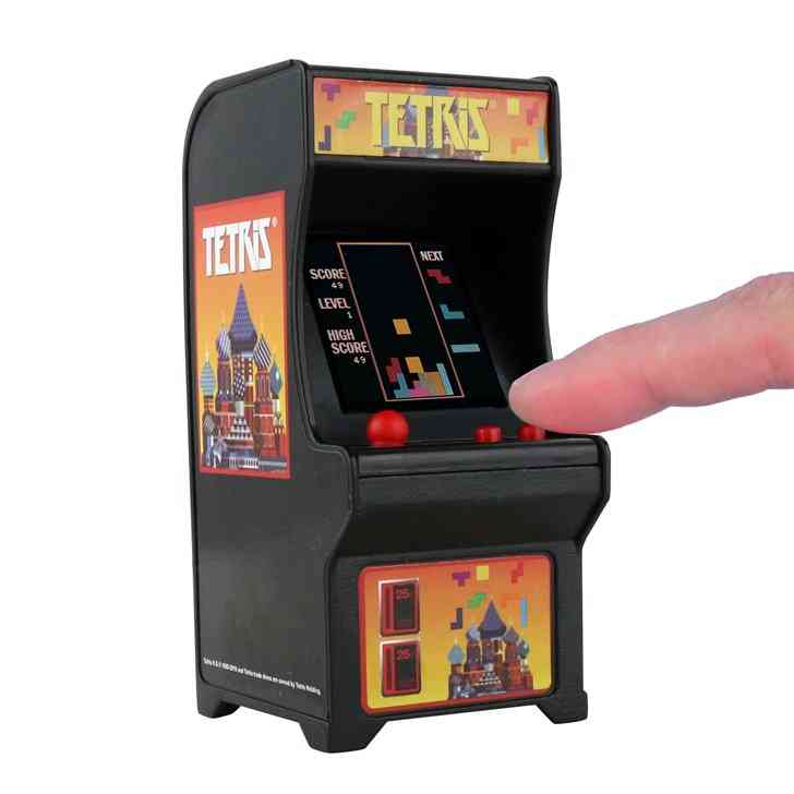 Tetris: The Smallest Fully Functional Arcade Game 3.75